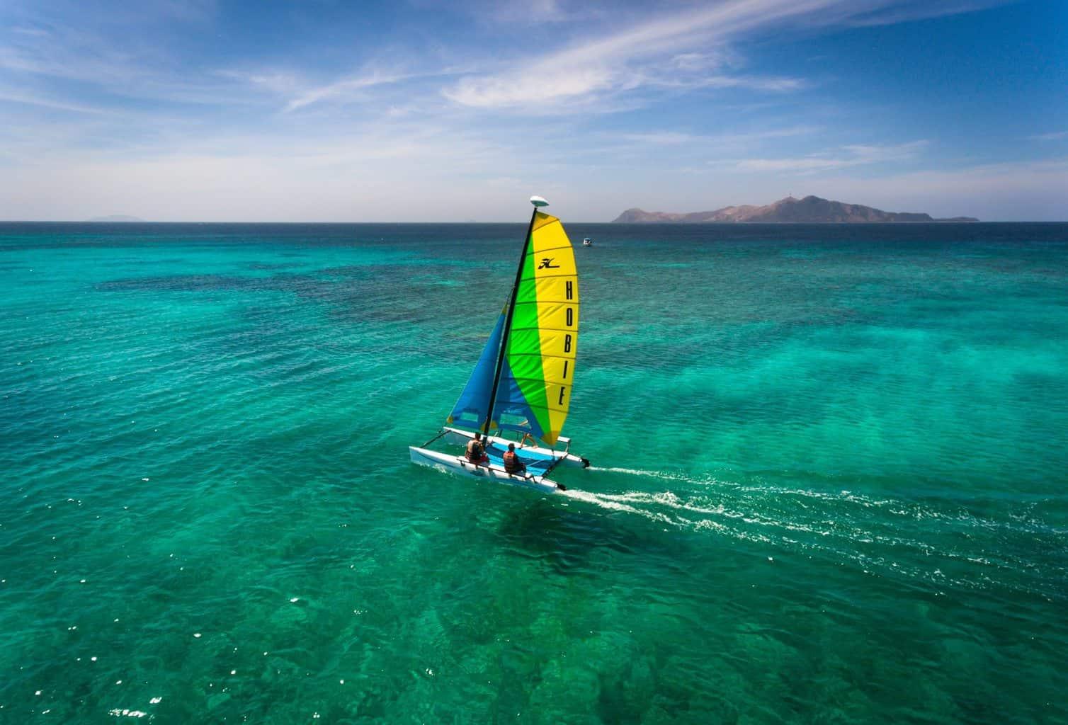 lua-de-mel-filipinas-hotel-amanpulo-Sailing