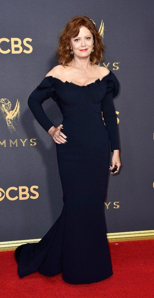 Susan-Sarandon-no-Emmy-2017-de-Zac-Posen-Foto-Getty