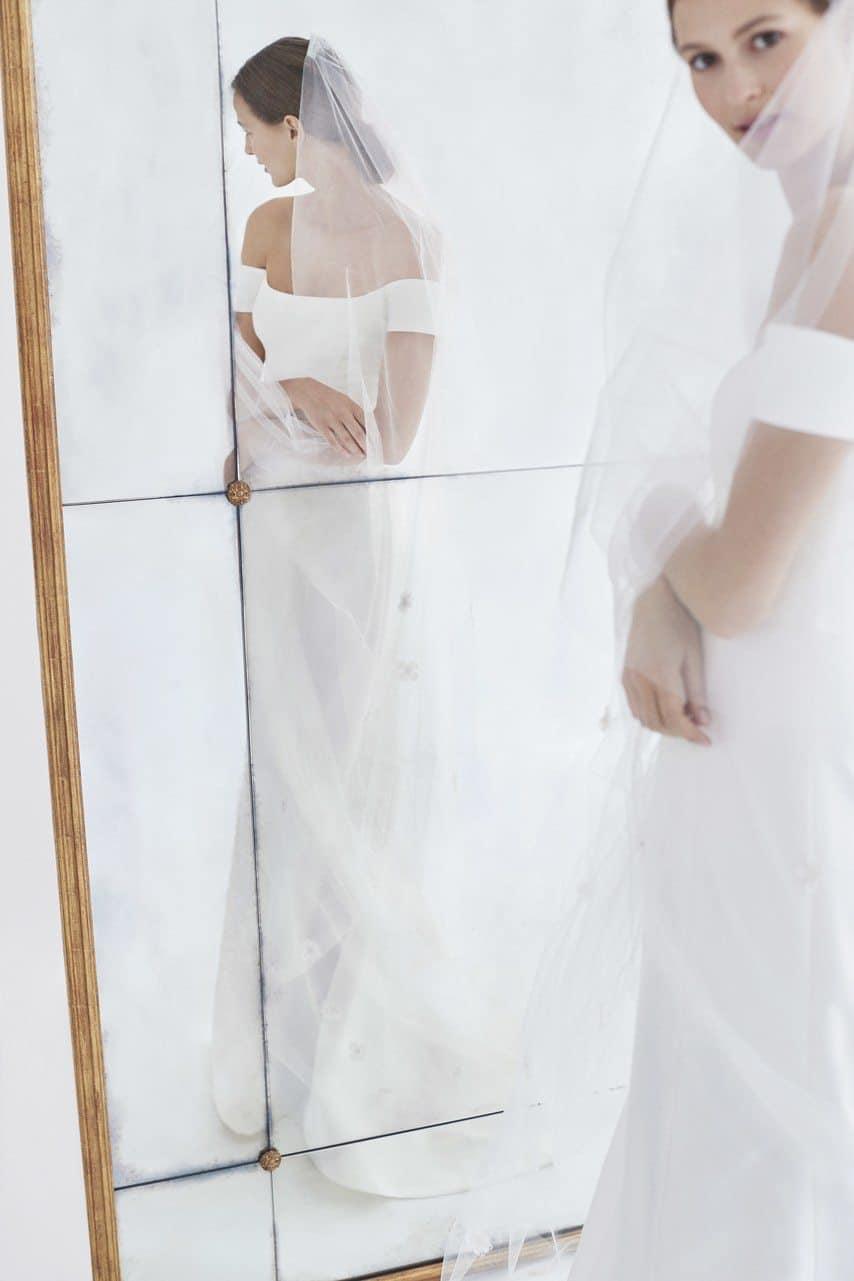 carolina-herrera-wedding-dresses-fall-2018-001