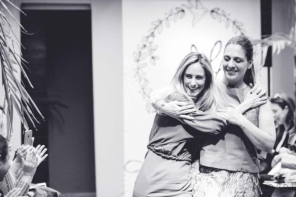 desfile-vestido-de-noiva-entardecer-julia-golldenzon-foto-kyra-mirsky-04
