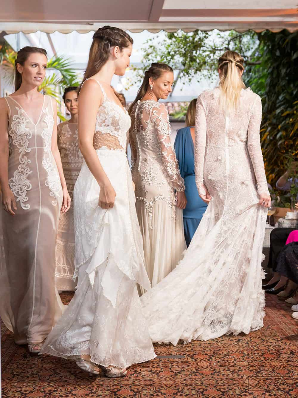 desfile-vestido-de-noiva-entardecer-julia-golldenzon-foto-kyra-mirsky-05