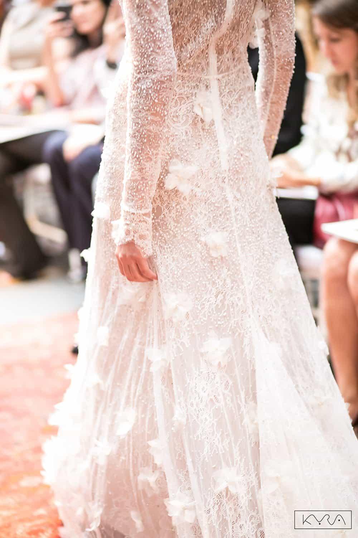 desfile-vestido-de-noiva-entardecer-julia-golldenzon-foto-kyra-mirsky-10