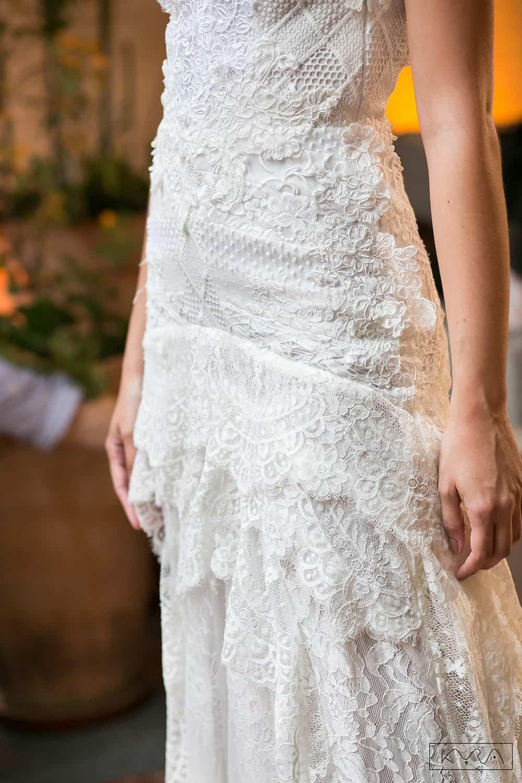 desfile-vestido-de-noiva-entardecer-julia-golldenzon-foto-kyra-mirsky-119