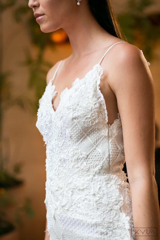 desfile-vestido-de-noiva-entardecer-julia-golldenzon-foto-kyra-mirsky-123