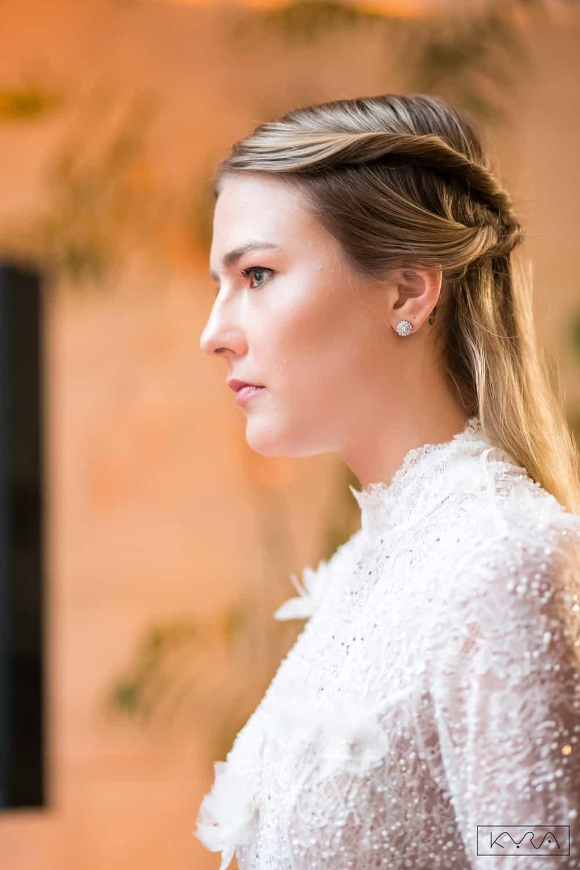 desfile-vestido-de-noiva-entardecer-julia-golldenzon-foto-kyra-mirsky-13