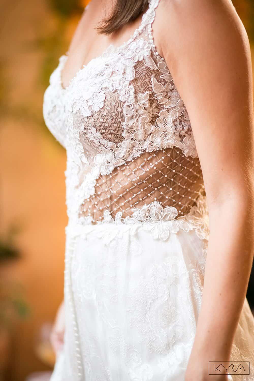 desfile-vestido-de-noiva-entardecer-julia-golldenzon-foto-kyra-mirsky-49