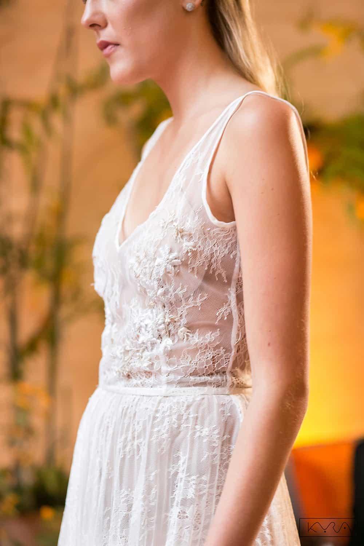 desfile-vestido-de-noiva-entardecer-julia-golldenzon-foto-kyra-mirsky-87