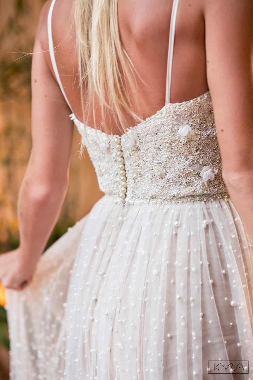 desfile-vestido-de-noiva-entardecer-julia-golldenzon-foto-kyra-mirsky-99