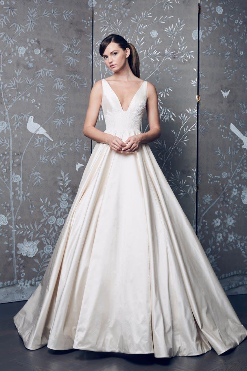 legends-by-romona-keveza-wedding-dresses-fall-2018-005