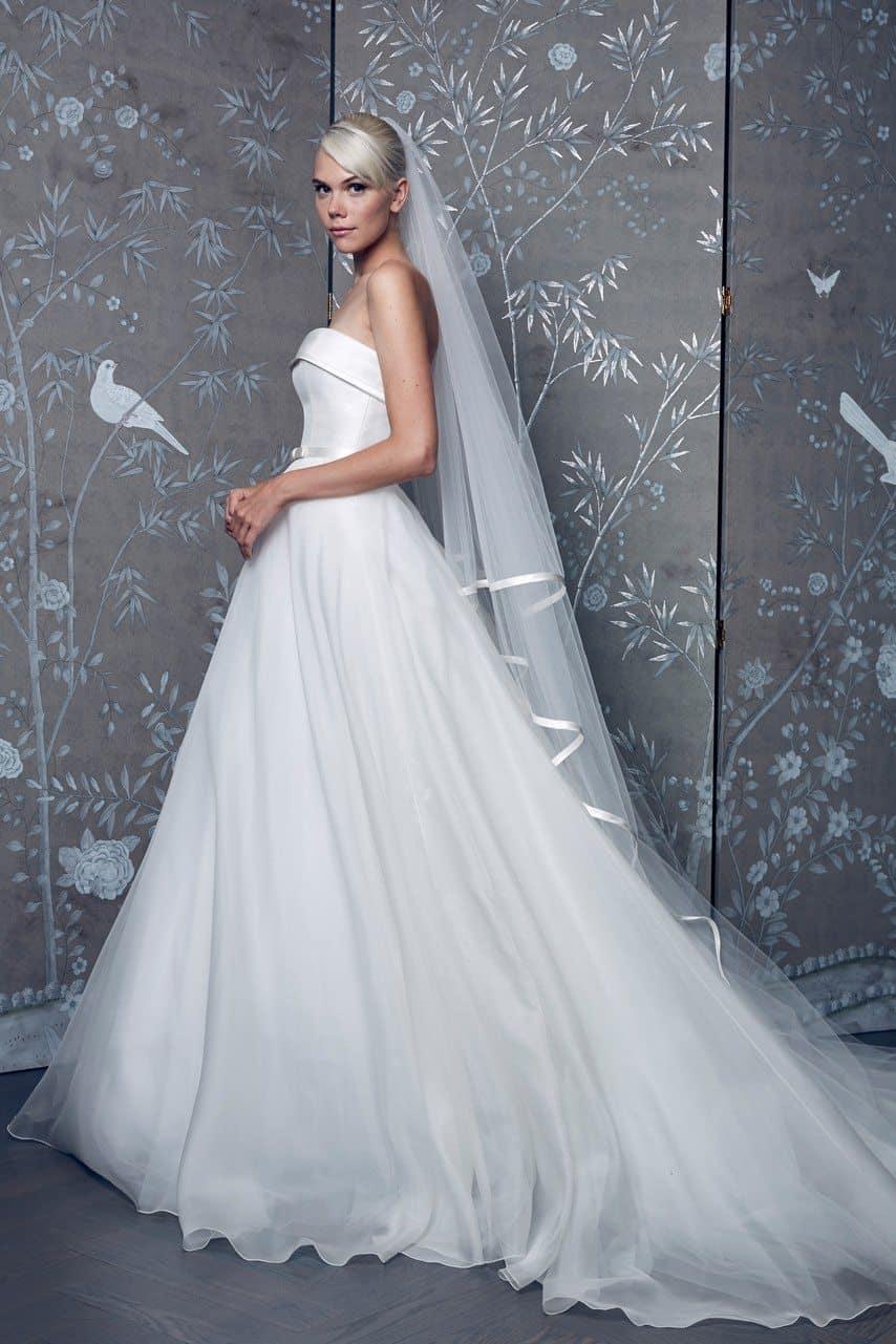 legends-by-romona-keveza-wedding-dresses-fall-2018-010