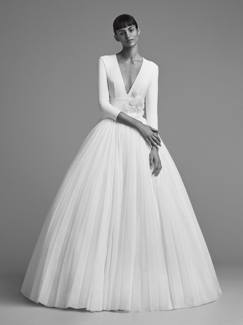 mariage-by-viktor-and-rolf-wedding-dresses-fall-2018-011