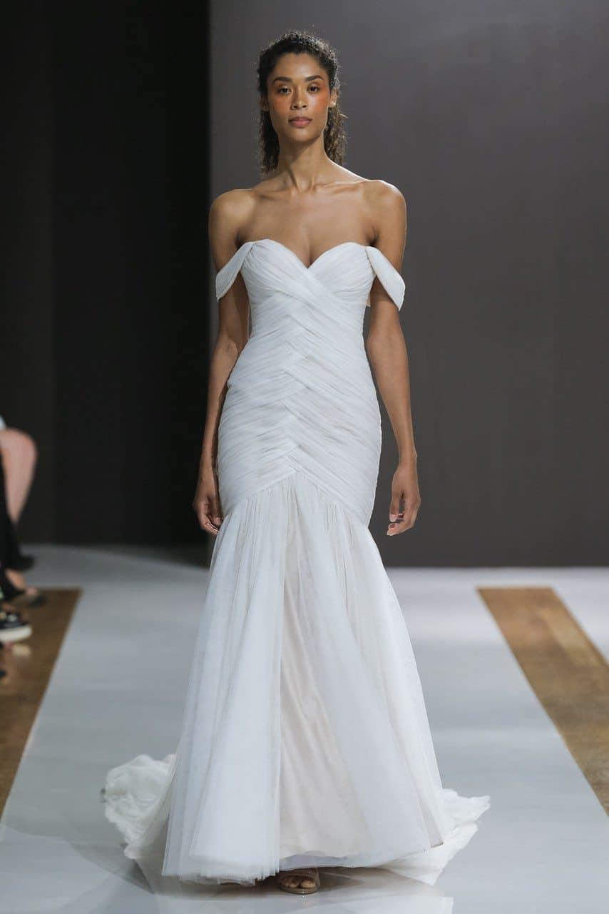 mark-zuzino-wedding-dresses-fall-2018-015