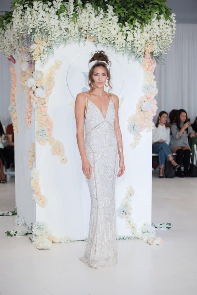 vestido-de-noiva-Julie-Vino-Wedding-Dresses-Fall-2018-18
