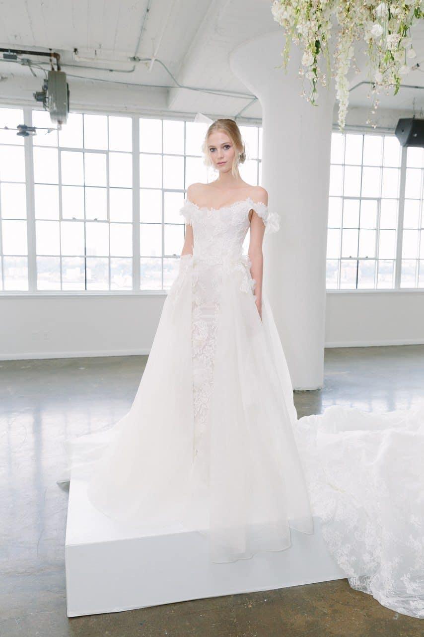 vestido-de-noiva-Marchesa-Bridal-Fall-2018-caseme-foto-Yvone-Tnt-05