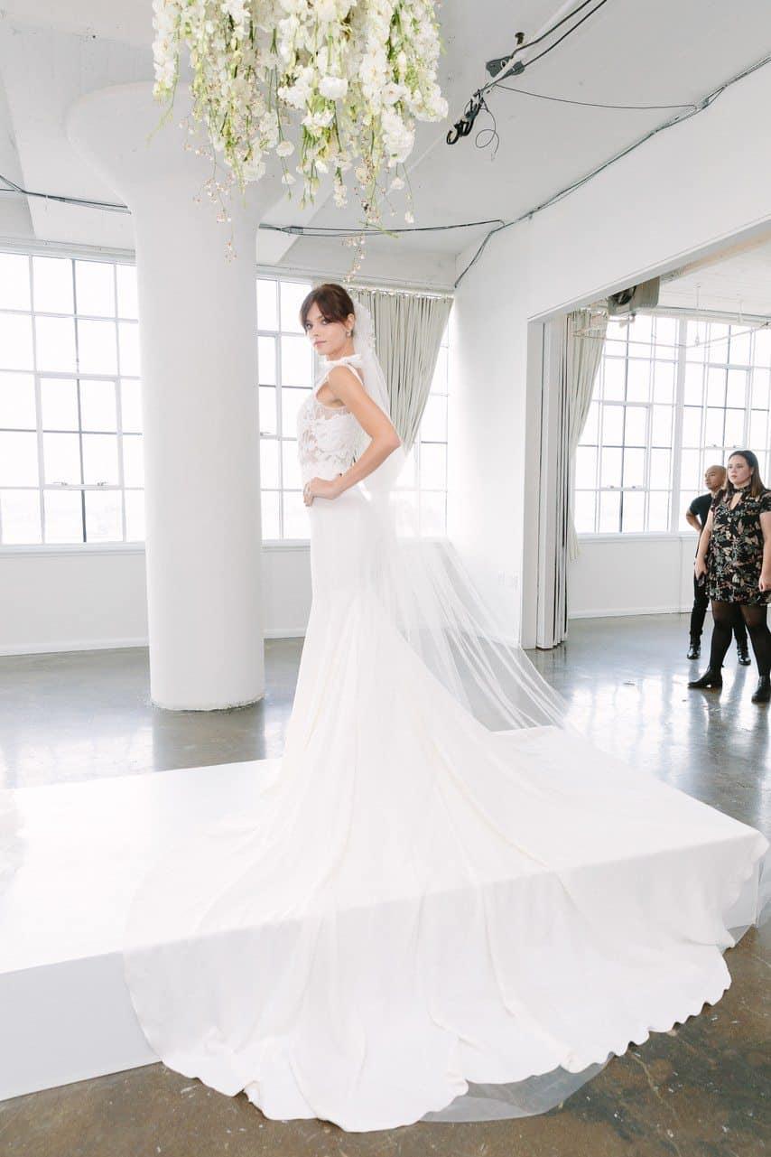 vestido-de-noiva-Marchesa-Bridal-Fall-2018-caseme-foto-Yvone-Tnt-12