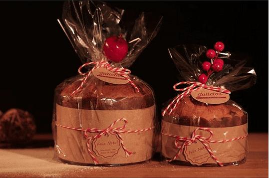 chocotone-com-gotas-de-chocolate-belga-recheado-com-doce-de-leite-julietas-atelie