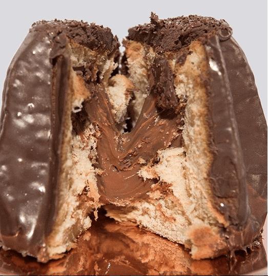 pandoro-coberto-com-chocolate-belga-recheado-com-brigadeiro-nininha-sigrist