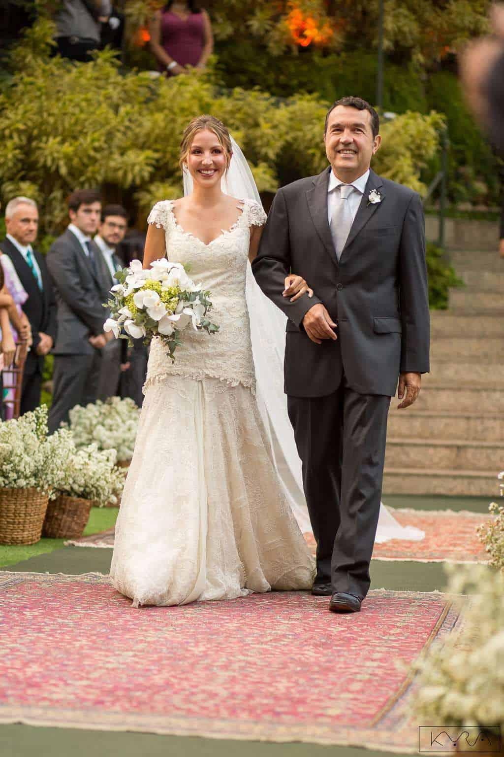 0187-Cerimonia-Giovanna-e-Pedro-KYRA4845AG2-Digital-Anna-Carolina-Werneck-Casa-das-Canoas-Casamento-Cerimônia-Cortejo-Entrada-da-noiva-Kyra-Mirsky-Rio-de-Janeiro-1