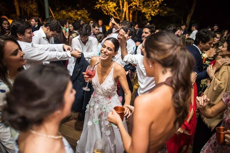 AR-Cerimonial-Casamento-de-dia-Festa-laura-campanella-laura-campanella-de-siervi-Marilia-e-Rodrigo-studio-laura-campanella-CaseMe-15