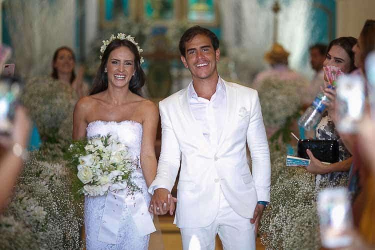 Casamento-em-Trancoso-Casamento-na-Bahiatografia-Fercesar-Saída-dos-noivos-CaseMe1000-x-667Amore-Produção-Casamento-Casame