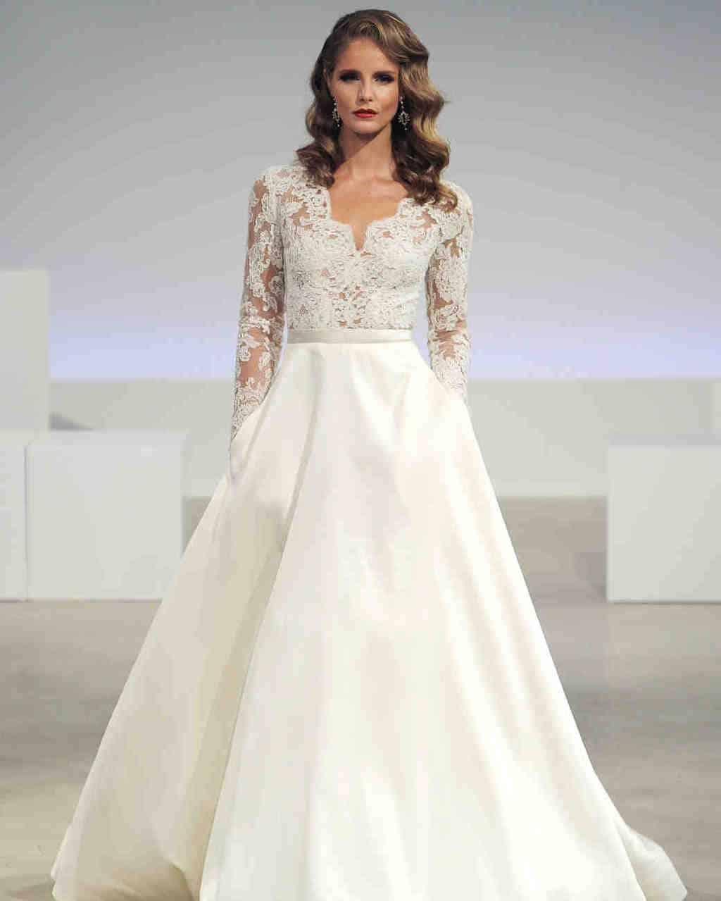 anne-barge-wedding-dress-fall2017-6203351-023_vert