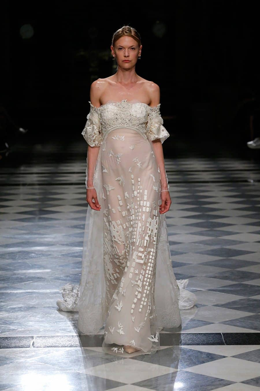 bride-high-fashion-couture-weddingdress-wedding-bridedress-couturedress-highfashion-yolancris-45