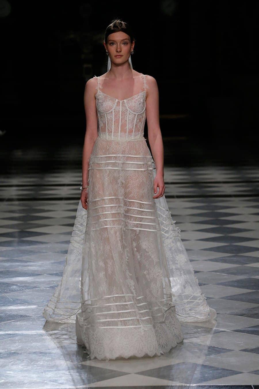 bride-high-fashion-couture-weddingdress-wedding-bridedress-couturedress-highfashion-yolancris-62
