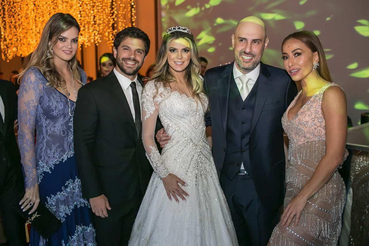 casamento-raissa-e-douglas-caseme-12Ana-Haertel-Casa-Charlô-Casamento-Casamento-tradicional-Convidados-Miguel-Kanashiro-Roberto-Tamer-São-Paulo