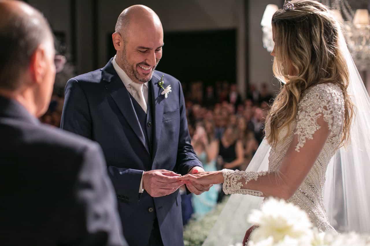 casamento-raissa-e-douglas-caseme-18Ana-Haertel-Casa-Charlô-Casamento-Casamento-tradicional-Cerimônia-Miguel-Kanashiro-Roberto-Tamer-São-Paulo