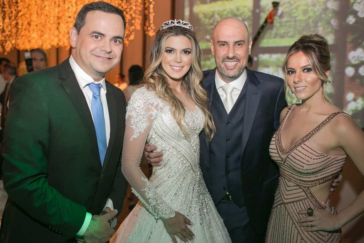 casamento-raissa-e-douglas-caseme-2Ana-Haertel-Casa-Charlô-Casamento-Casamento-tradicional-Convidados-Miguel-Kanashiro-Roberto-Tamer-São-Paulo