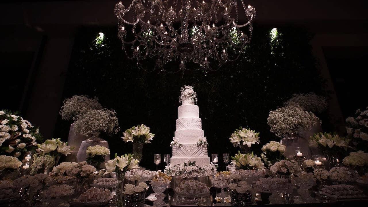 casamento-raissa-e-douglas-caseme-31Ana-Haertel-Casa-Charlô-Casamento-Casamento-tradicional-Decor-Mesa-de-doces-Miguel-Kanashiro-Roberto-Tamer-São-Paulo