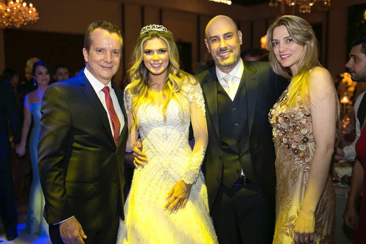 casamento-raissa-e-douglas-caseme-8Ana-Haertel-Casa-Charlô-Casamento-Casamento-tradicional-Convidados-Miguel-Kanashiro-Roberto-Tamer-São-Paulo