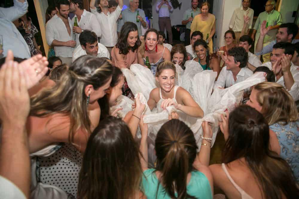 casamento-roberta-e-bernardo-caseme-foto-marina-fava-118