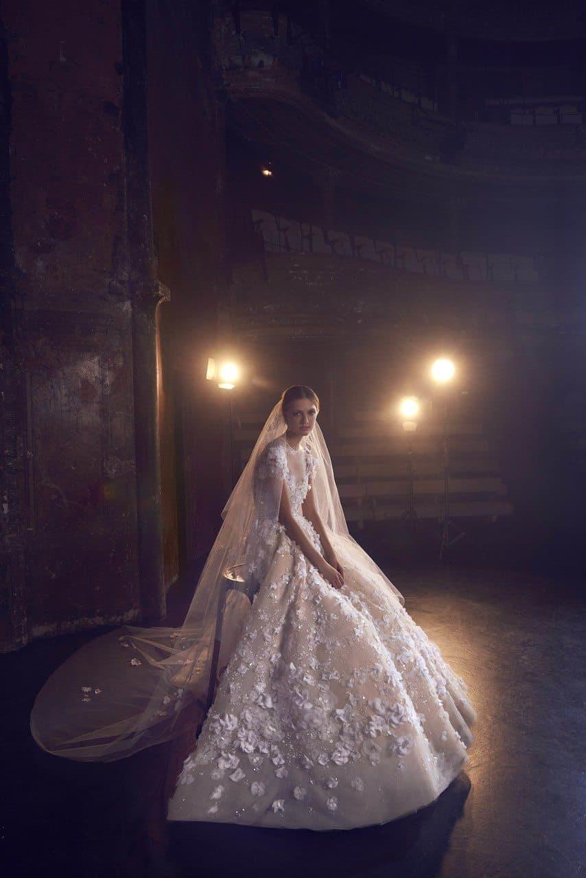 elie-saab-bridal-wedding-dresses-fall-2018-001