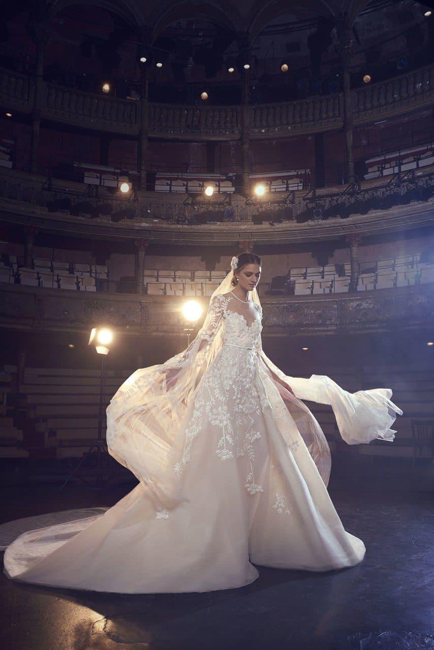 elie-saab-bridal-wedding-dresses-fall-2018-009