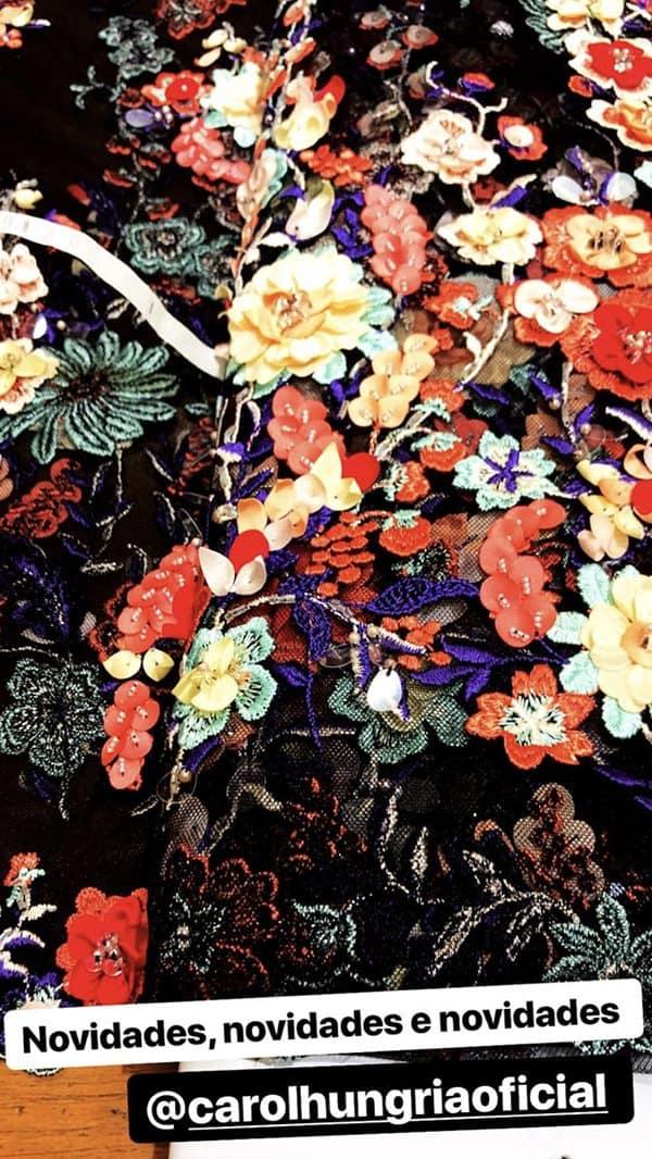 flores-3d-vestido-de-festa-carol-hungria