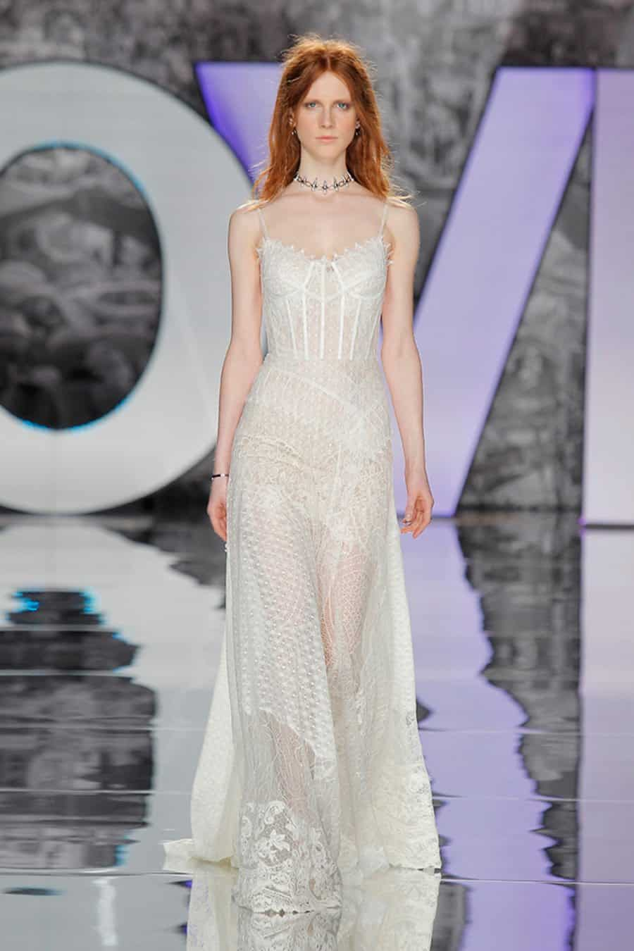 yolancris-weddingdress-bride-boho-chic-folk-wedding-dress-couture-fashion-desing-bohodress-3