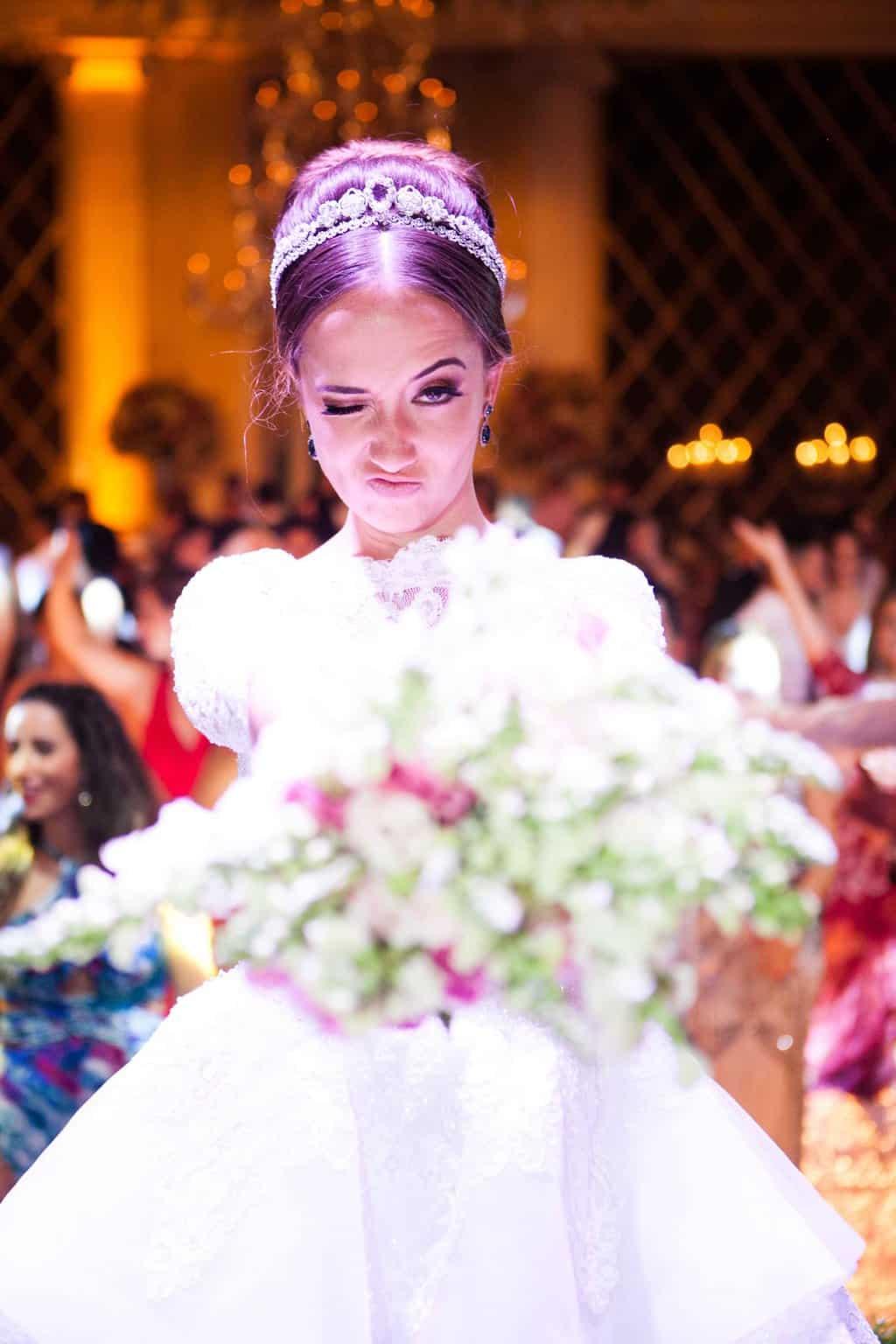 Buquê-Casamento-Clássico-Casamento-tradicional-Copacabana-Palace-Monica-Roias-Ribas-Foto-e-Vídeo-Silvio-Cruz-Tuanny-e-Bernardo-CaseMe