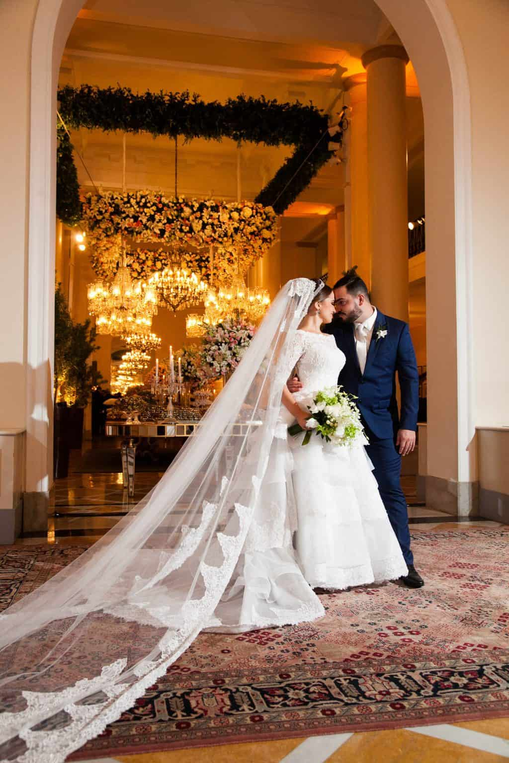 Casamento-Clássico-Casamento-tradicional-Copacabana-Palace-Monica-Roias-Poses-Casal-Ribas-Foto-e-Vídeo-Tuanny-e-Bernardo-CaseMe