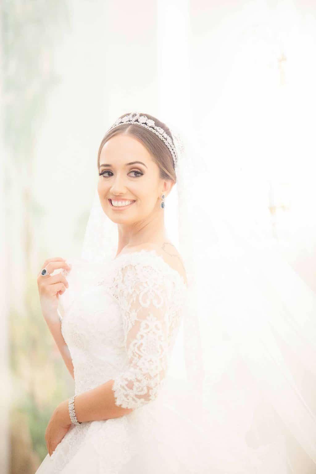 Casamento-Clássico-Casamento-tradicional-Copacabana-Palace-Monica-Roias-Poses-noiva-Ribas-Foto-e-Vídeo-Silvio-Cruz-Tuanny-e-Bernardo-CaseMe-5