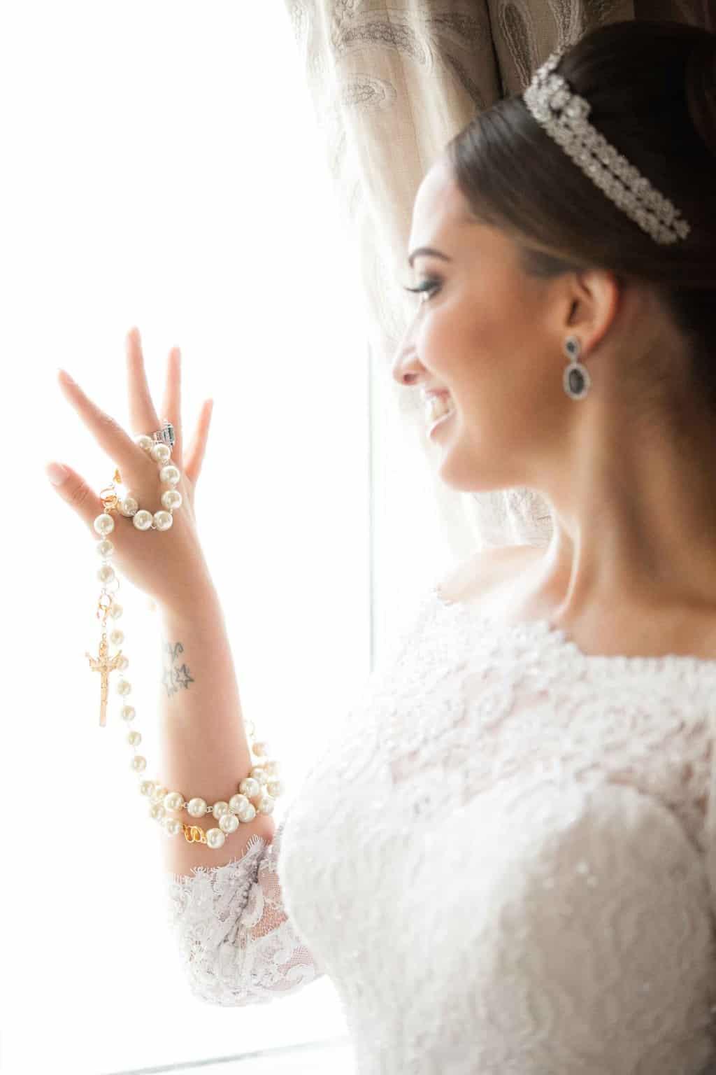 Casamento-Clássico-Casamento-tradicional-Copacabana-Palace-Monica-Roias-Poses-noiva-Ribas-Foto-e-Vídeo-Terço-Tuanny-e-Bernardo-CaseMe-2