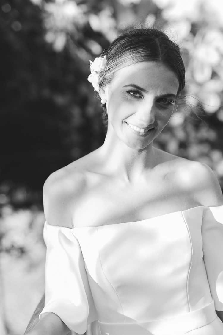 Fotografia-Aline-Ferreira-Greenery-Ilhabela-Monique-e-Bruno-Poses-noiva-CaseMe-6