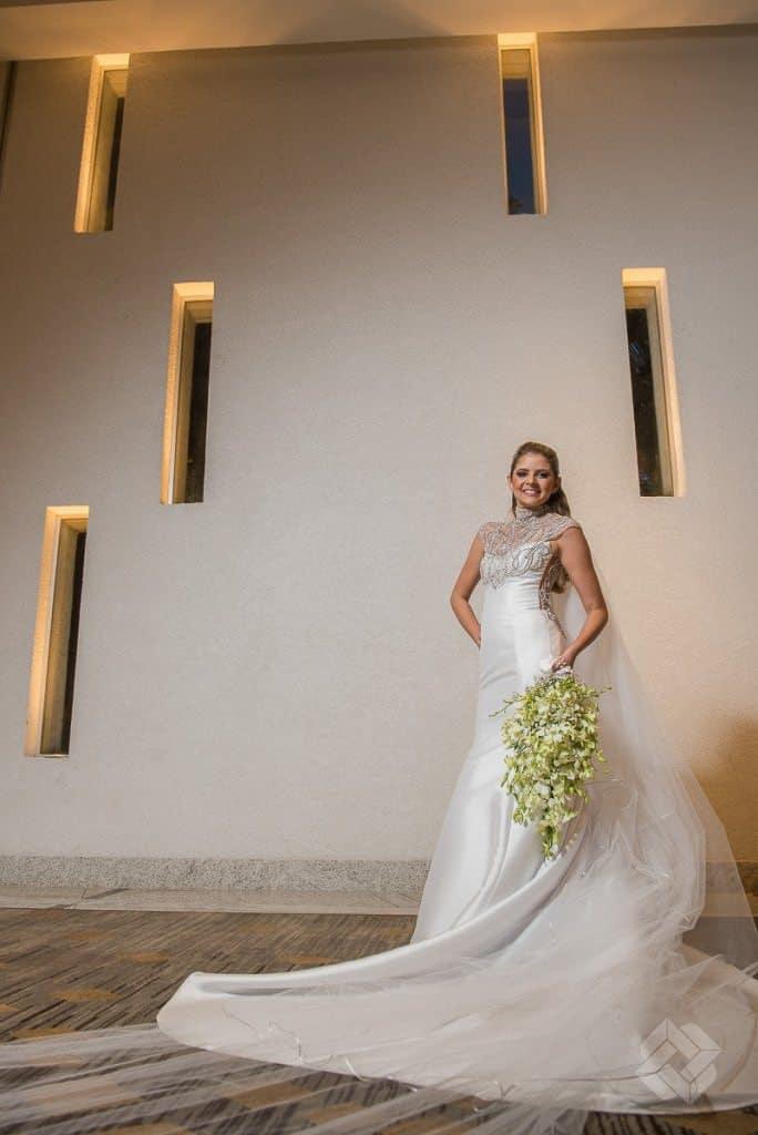 LE1_5782-684x1024Alliance-Prime-Bosquinho-Lacerda-Fotografia-Lacerda-Studio-Gabriela-e-Bruno-Melk-Z-Da-Poses-noiva-Recife-Vestido-de-noiva-CaseMe-Casamento-em-Recife