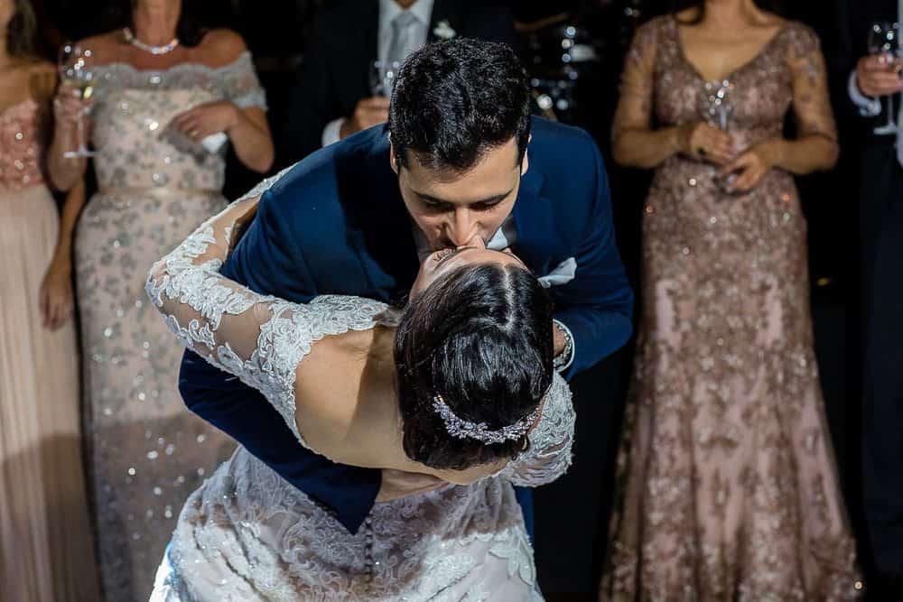 BiancaeLeonardo_1776André-Pedrotti-Bianca-e-Leonardo-Casamento-Clássico-Casamento-tradicional-Dança-dos-noivos-Fotografia-Torin-Zanette-Gabi-Feres-Jockey-Club-São-Paulo-Múltipla-Eventos-CaseMe