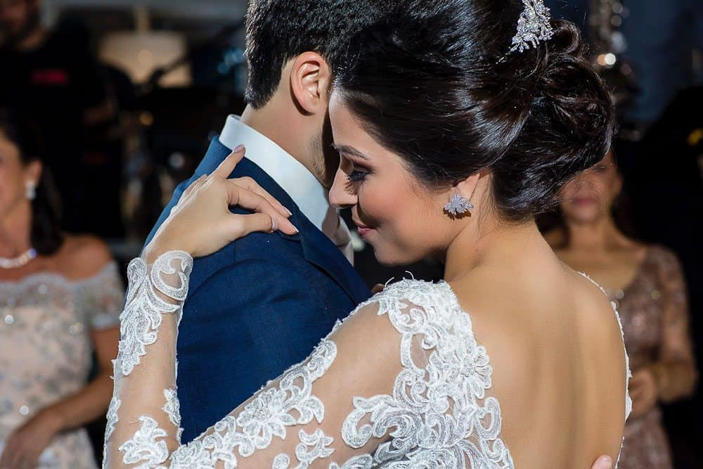 BiancaeLeonardo_dance2André-Pedrotti-Bianca-e-Leonardo-Casamento-Clássico-Casamento-tradicional-Dança-dos-noivos-Fotografia-Torin-Zanette-Gabi-Feres-Jockey-Club-São-Paulo-Múltipla-Eventos-CaseMe