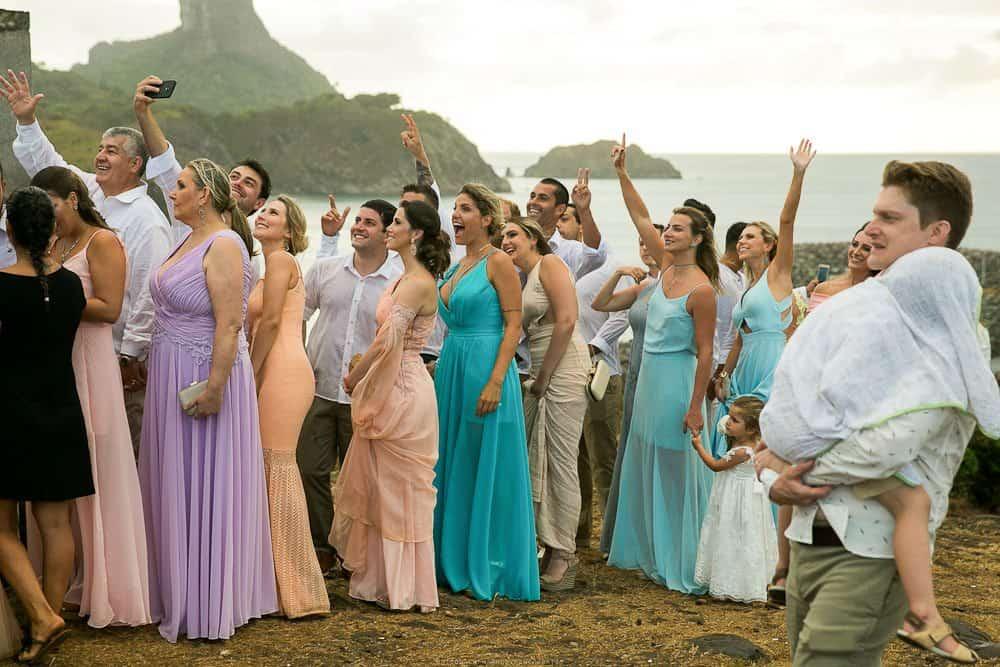 Camila-e-Lucca-Casamento-na-praia-Cerimônia-Fernando-de-Noronha-Marcela-Montenegro-CaseMe-Revista-de-casamentoCB025433