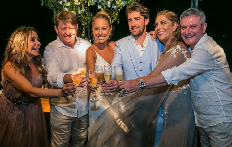 Camila-e-Lucca-Casamento-na-praia-Fernando-de-Noronha-Festa-Marcela-Montenegro-CaseMe-Revista-de-casamentoCB026507-750x475