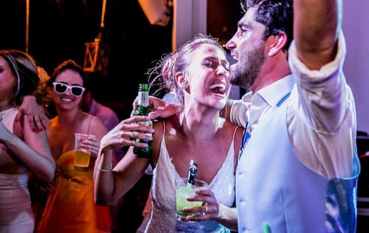 Camila-e-Lucca-Casamento-na-praia-Fernando-de-Noronha-Festa-Marcela-Montenegro-CaseMe-Revista-de-casamentoCB027072-750x475