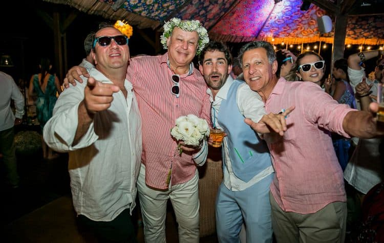 Camila-e-Lucca-Casamento-na-praia-Fernando-de-Noronha-Festa-Marcela-Montenegro-CaseMe-Revista-de-casamentoCB027088-750x475