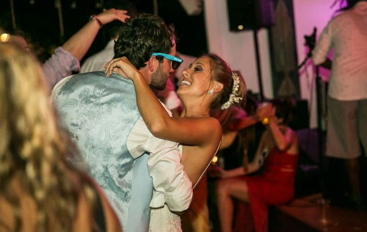 Camila-e-Lucca-Casamento-na-praia-Fernando-de-Noronha-Festa-Marcela-Montenegro-CaseMe-Revista-de-casamentoCB027493-750x475
